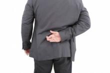 背中と脇腹の痛み