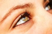 白目が黄色い